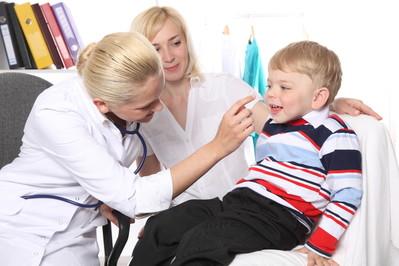 Zapalenie gardła u dziecka - wirusowe czy bakteryjne?