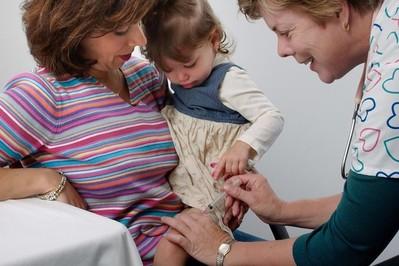 Nie szczepisz dziecka? Lekarz będzie musiał Cię zgłosić