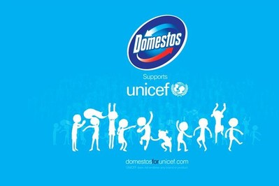 Wideo sponsorowane. Domestos i UNICEF walczą z kryzysem sanitarym.