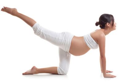 Aktywność fizyczna w czasie ciąży – wszystko co powinnaś wiedzieć zanim zaczniesz ćwiczyć