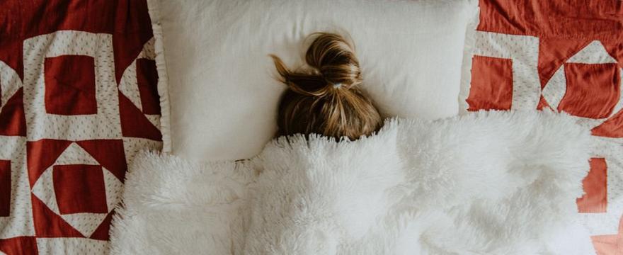 Dzieci chorują na COVID-19: nie są tak bezpieczne jak myślano