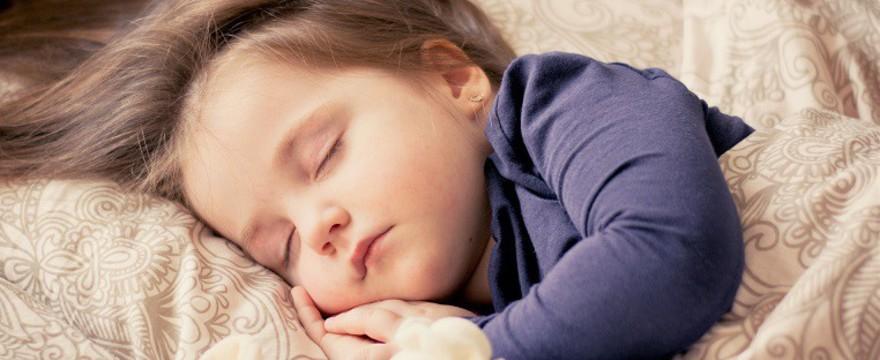 Uwaga na zamienniki lekarstw dla dzieci!