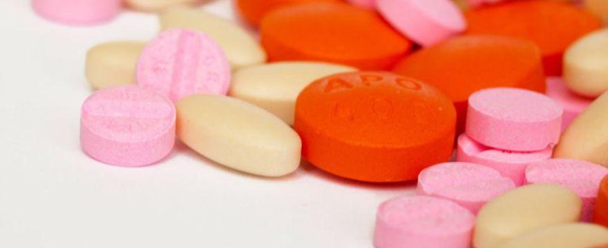 Podajesz dziecku antybiotyki? Powinnaś to wiedzieć!