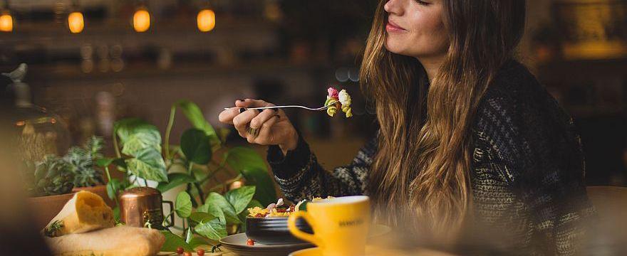 Dieta bogata w żelazo: co jeść przy anemii i w ciąży? RADZIMY
